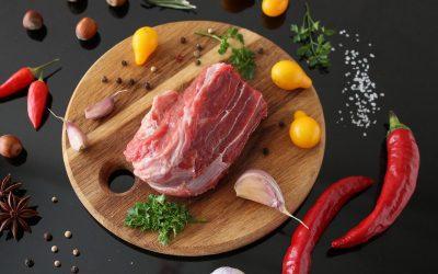 Przyprawy do mięsa – sprawdź, jakie przyprawy sprawdzą się w produkcji domowych wyrobów.